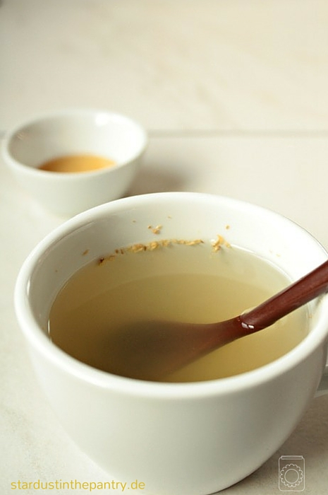 Spicy ginger tea with honey