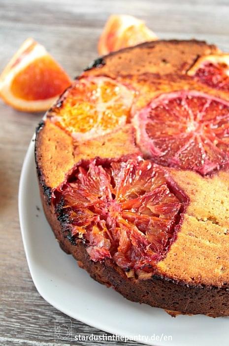 glutenfreier veganer und zuckerfreier Blutorangenkuchen