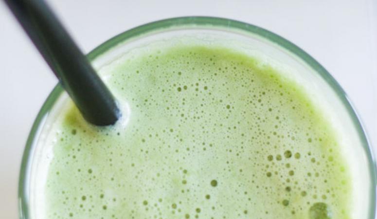Saftrezept: Birnen-Limetten-Saft mit Sellerie