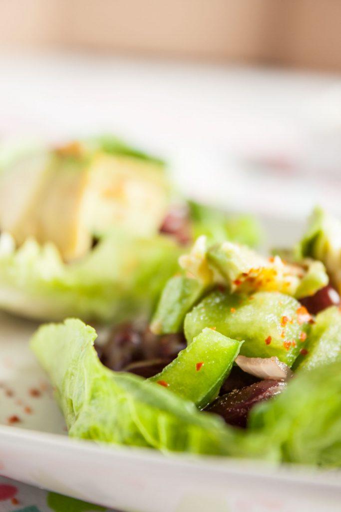 Vegane Low Carb Tacos sind das ideale schnelle Abendessen, lecker und kohlenhydratarm!