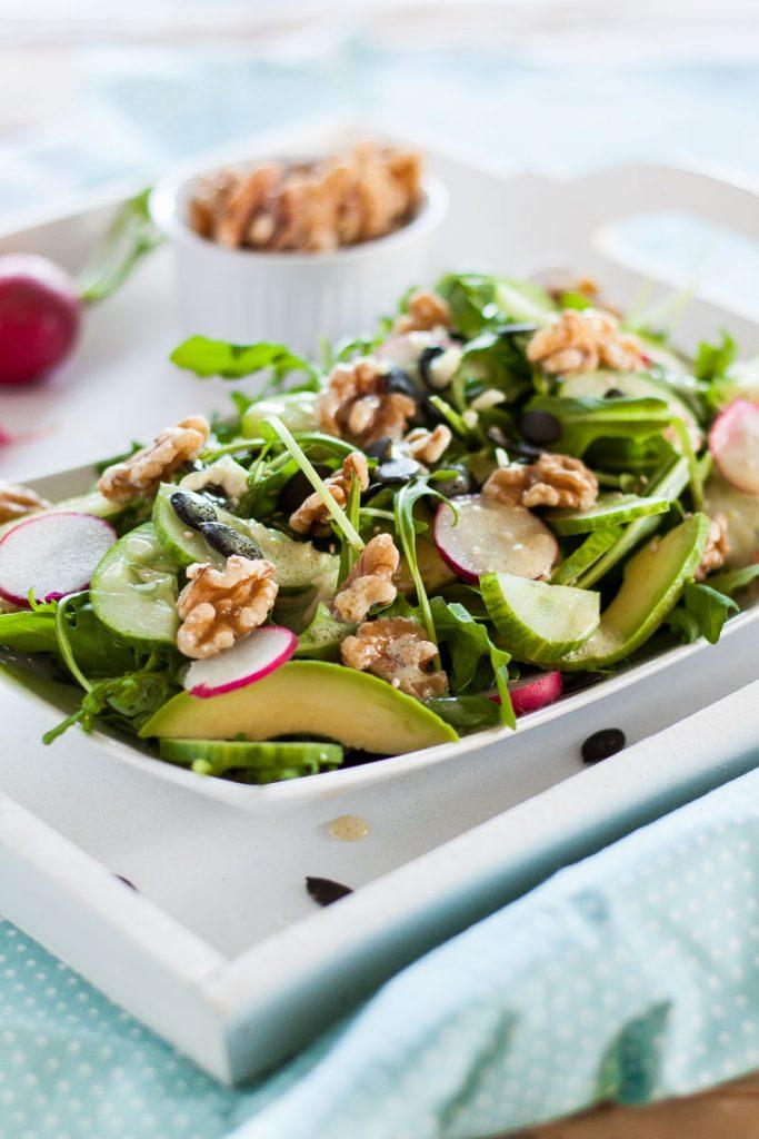 Schneller Rucola-Nuss Salat mit viel Magnesium und Zink für starke Nerven! Schnelles Abendessen, leichtes Abendessen, low Carb.