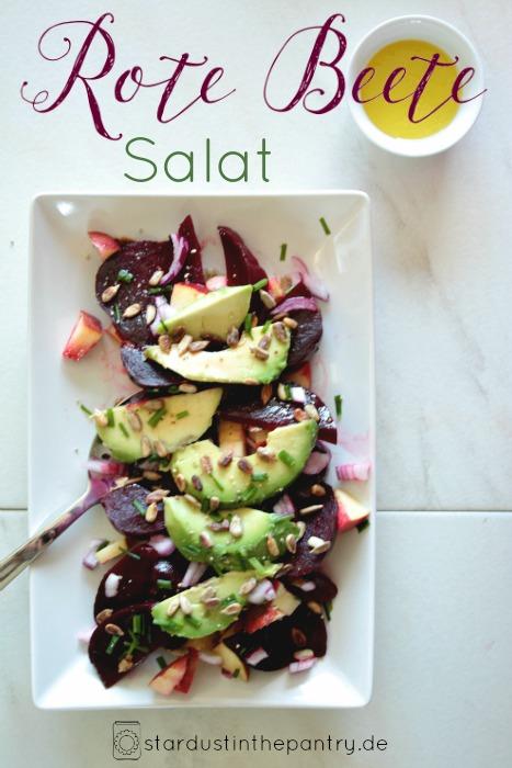 Gratis Rezeptkarte zum runterladen auf dem Blog! Rote Beete Apfel Salat mit vielen Vitaminen und Mineralstoffen. Sehr einfaches Salat Rezept, schnell, vegan und glutenfrei!