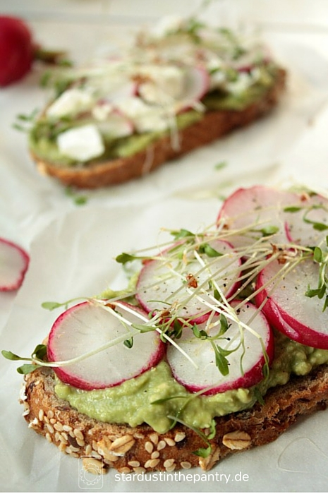 Veganes und vegetarisches Sandwich