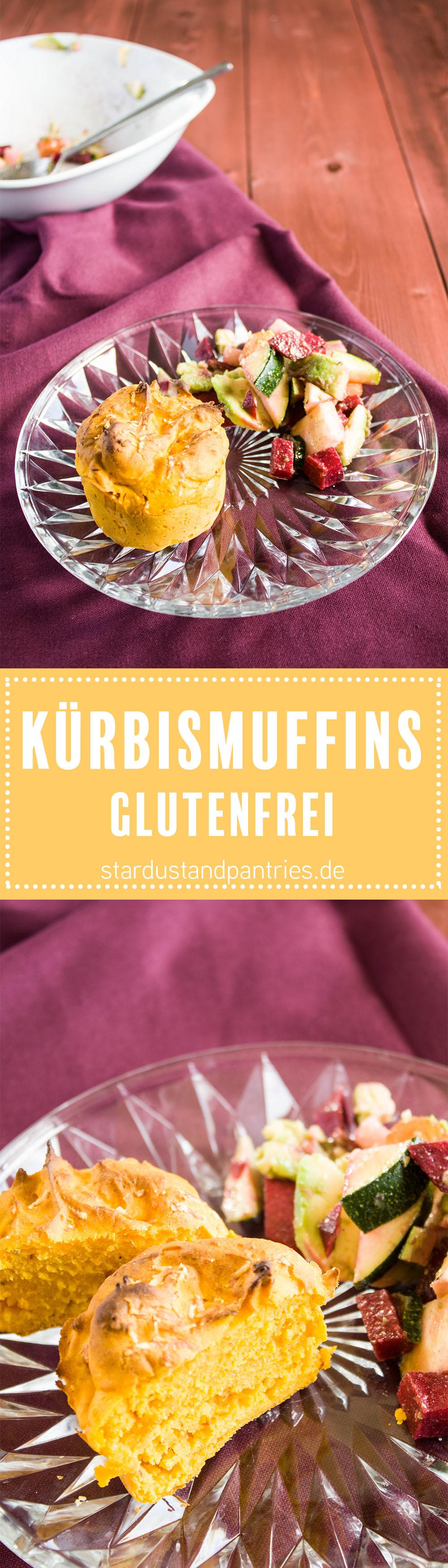 Leckere Rosmarin Parmesan Kürbis Muffins! Farbenfrohe Beilage zur Suppe oder zum Salat! Rezeptkarte zum Herunterladen auf stardustandpantries.de!