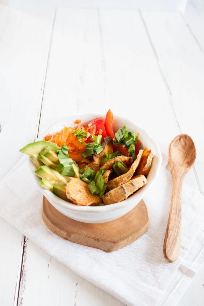 Veganer und glutenfreier Süßkartoffel Salat. Leckeres und leichtes Abendessen!