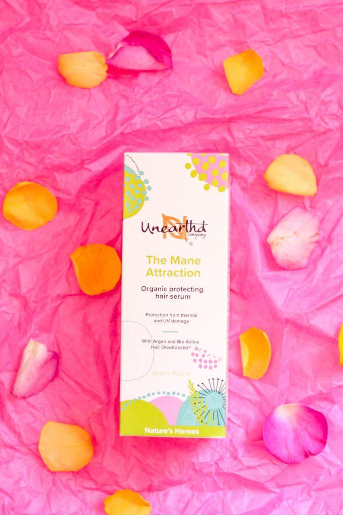 Frisch gepflegt mit den besten Naturkosmetik Produkten in den Frühling starten! Leichte Tagespflege und Haaröl für einen strahlenden Look! #haaröl #naturkosmetik #kosmetik