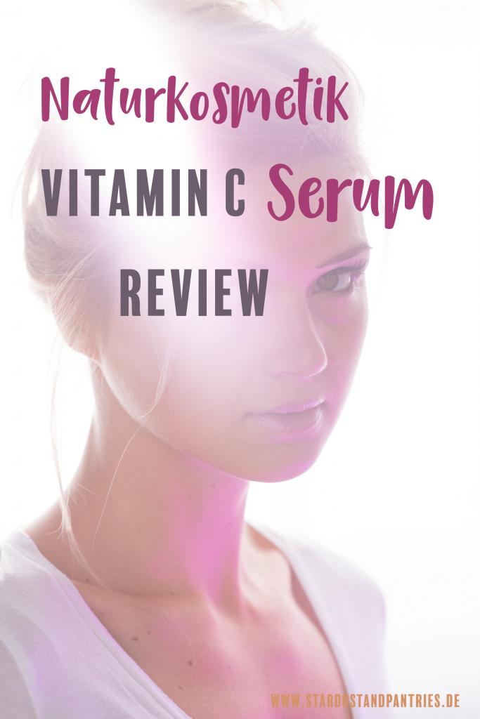Naturkosmetik Produkte im Test: das Vitamin C Serum von Junglück. Das vegane Serum wird für die Gesichtspflege verwendet und ist eines der besten Naturkosmetik Produkte die ich bisher verwendet habe.