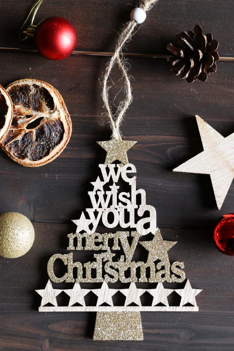 Finde neue Traditionen für die Vor- Weihnachtszeit für dich alleine, euch beide oder die ganze Familie. Mache die schönste Zeit des Jahres noch ein bisschen magischer!